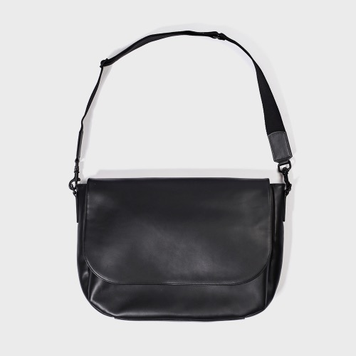 Leather runners bag(black)