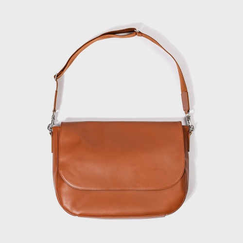 Leather runners bag(camel)